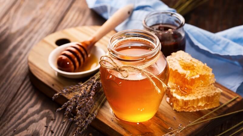 Méz száraz ajak ellen